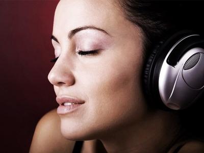 Влияет ли музыка на мозговую деятельность?