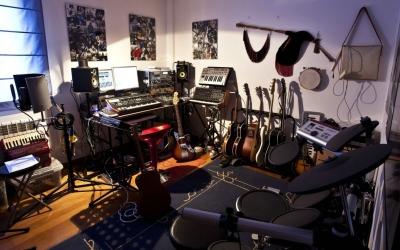 Звукоизолировать музыкальную студия