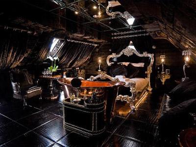 Необычный отель Crazy Bear в Оксфордшире