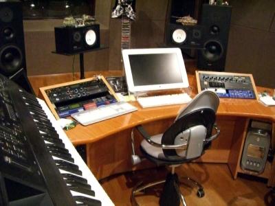 Как оформить и оборудовать студию звукозаписи?