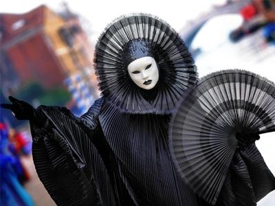 Выбираем карнавальный костюм на праздник