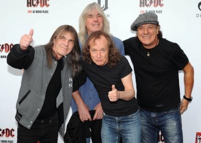 Знаменитые песни группы AC/DC легли в основу новой книги Джесси Финка