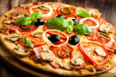 Как бесплатная доставка пиццы поможет сплотить друзей