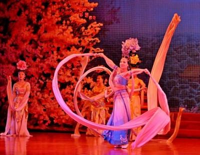 Музыкальное и Танцевальное Шоу Династии Тан с Ужином в Сиань