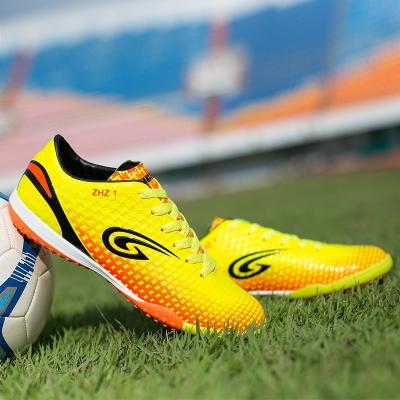 Как носить футбольную обувь правильно